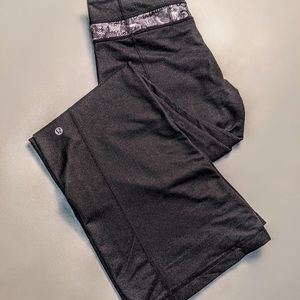Lululemon Womens Flared Pants Active Yoga Graphic